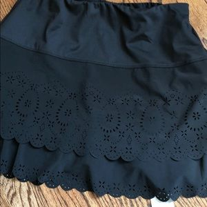 Lucky in Love laser cutout skort NWT small